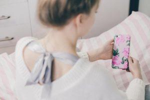 איך הפך האייפון לחברה הטוב ביותר של האמא הטרייה