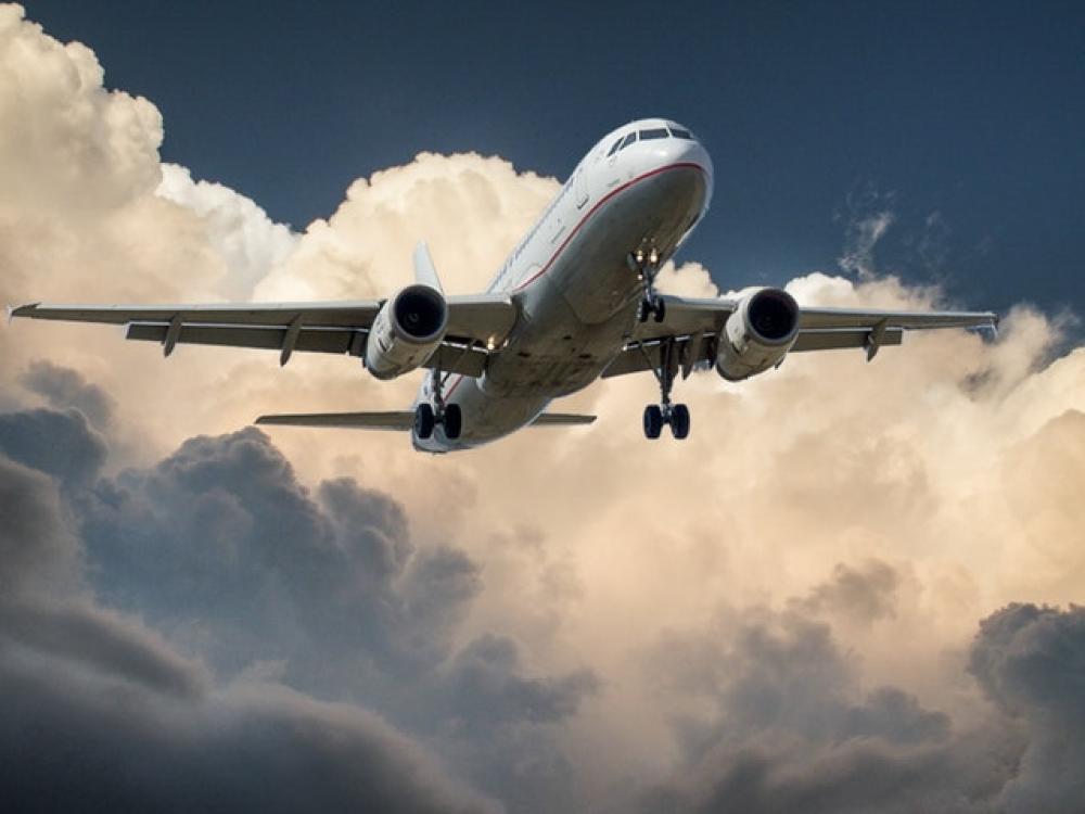טיסה עם תינוק לא חייבת להיות סיוט